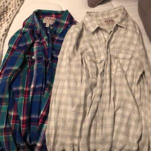 Old Navy button downs